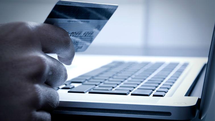e14939aba Qual é a diferença entre máquina de cartão e afiliação e-commerce?